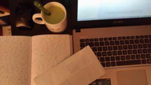 Ecriture et thé matcha