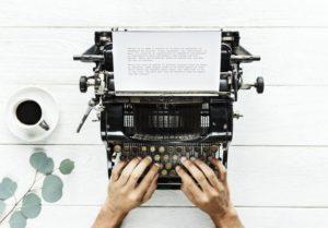 La gratuite de l'écriture - machine à écrire