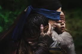 Bird box : Sandra Bullock et les enfants