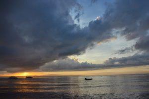 Le miracle morning, se lever tôt pour profiter de la vie. Lever de soleil aux Philippines