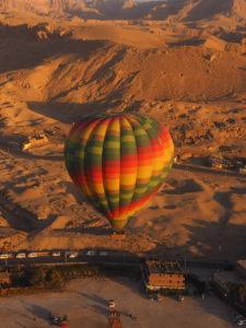 Faire de la montgolfière en Egypte, à Louxor