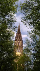 La cathédrale détruite d'Hambourg, clocher