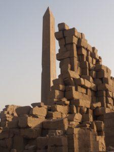 Obélisque de Karnak, soleil couchant
