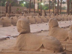 Les allées de Sphinx à Louxor