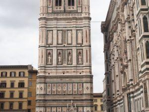 La façade du Duomo à Florence