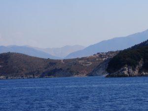 En arrivant en Albanie en partant de Corfou