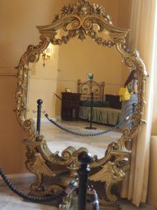 Un miroir de l'Achilleion