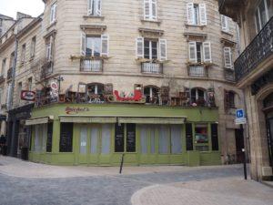 Une enseigne à Bordeaux