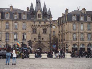 Une rave party à Bordeaux