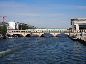 La Seine et le métro